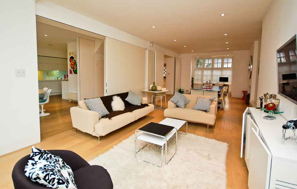 How to give a small room a spacious and open feel for Semi open spaces
