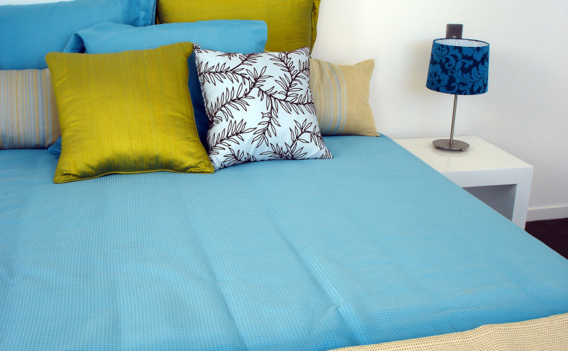 Tips on Choosing Accent Pillows - Dallas Furniture Store Blog