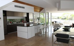 4 Reasons to Switch to Open Kitchens