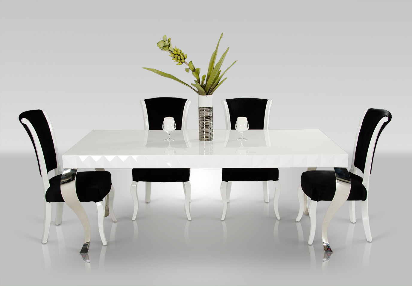 VIG Versus Mia White Lacquer Modern White Dining Table