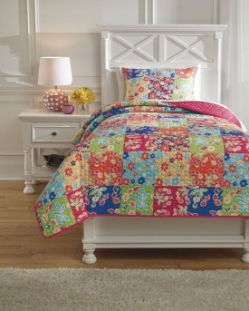 Ashley Belle Chase Patch Twin Quilt Set Available Online in Dallas Fort Worth Texas