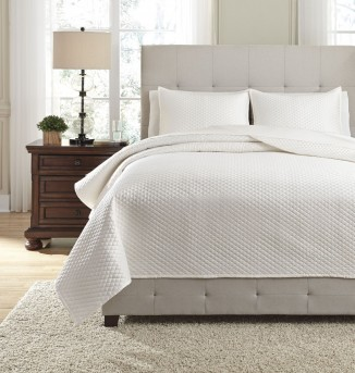 Ashley Dietrick Ivory Queen Quilt Set Available Online in Dallas Fort Worth Texas