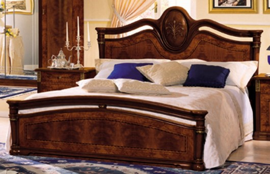 VIG Klassica Lacquer Bed Available Online in Dallas Fort Worth Texas