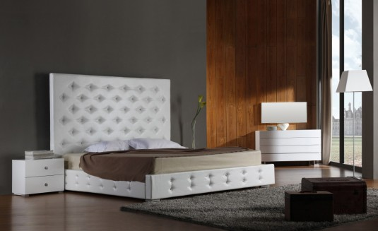 VIG Elbrus White Leather Platform Bed Available Online in Dallas Fort Worth Texas