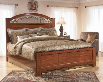 Ashley Fairbrooks Estate Queen Poster Bed Available Online in Dallas Fort Worth Texas