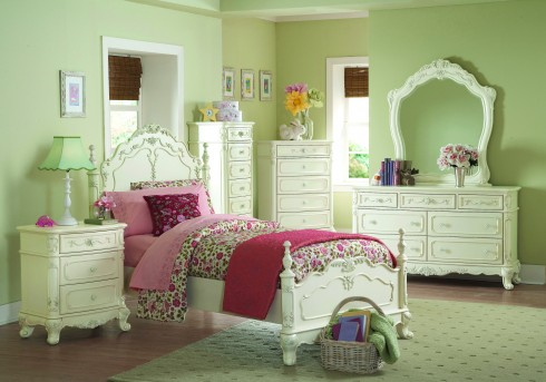 Homelegance Cinderella White Queen 5pc Bedroom Set Available Online in Dallas Fort Worth Texas