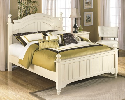Ashley Cottage Retreat Queen Poster Bed Rail Available Online in Dallas Fort Worth Texas