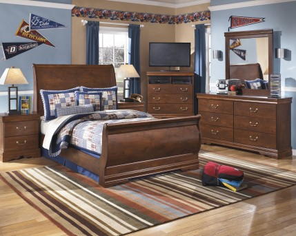 Wilmington 5pc Full Sleigh Bedroom Group Available Online in Dallas Fort Worth Texas