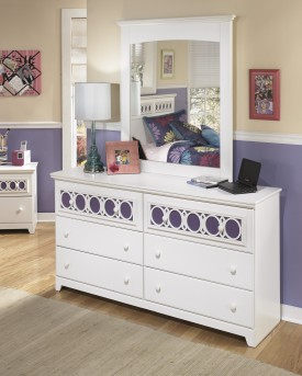 Ashley Zayley Dresser Available Online in Dallas Fort Worth Texas