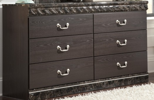 Ashley Vachel Dresser Available Online in Dallas Fort Worth Texas
