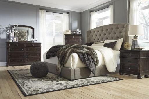 Gerlane 5pc Queen Upholstered Bedroom Group Available Online in Dallas Texas