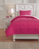 Ashley Plainfield Magenta Full Comforter Set Available Online in Dallas Fort Worth Texas